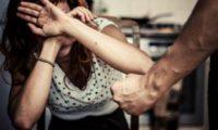 ოჯახურ ძალადობაში ბრალდებული 4 მამაკაცი ცოლებმა გამოაშვებინეს – რა ხდება გორში