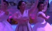 """""""მეუღლე გარდაცვლილი მყავს და სიმღერა და ცეკვა მას მივუძღვენი"""" – მარი ფუტკარაძის ცეკვამ 2 რძალთან ყველა მოხიბლა – ვიდეო"""