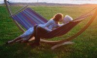 """ბერას და ნანუკას რომანტიკული ფოტოები – ,,თბილი კოცნა მზის ჩასვლისას…"""""""