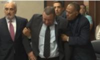 აშშ-ში 25 წლიანი პატიმრობის შემდეგ კაცი უდანაშაულოდ ცნეს – ემოციური კადრები