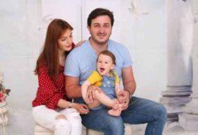 სალომე ქემაშვილის მეუღლის ემოციური პოსტი და ვიდეო, სადაც ორსულ ცოლს უმღერის