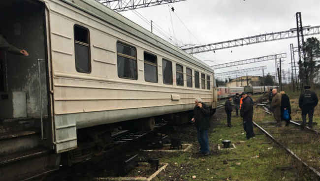 ქუთაისი-ბათუმის მატარებელი რელსებიდან გადავარდა
