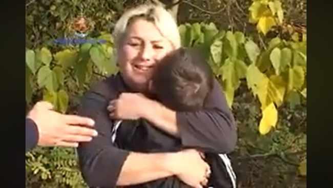 ბებიას შვილიშვილი ტაქსში დარჩა - ვიდეო