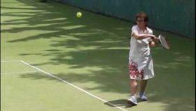 90 წლის ლანა ღოღობერიძე ჩოგბურთს თამაშობს - რას ყვება ცნობილი რეჟისორი თავის დიდ სიყვარულზე