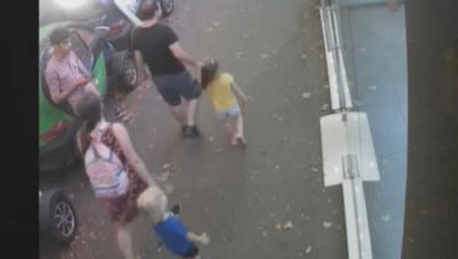 კადრები, სადაც დაჭრილი ბავშვის და მამამისის განწირული ხმა ისმის - ვიდეო