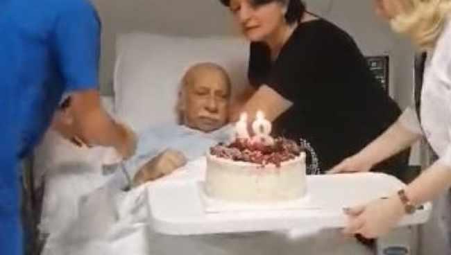 გია ყანჩელი 84-ე დაბადების დღეს კლინიკაში შეხვდა - ვიდეო