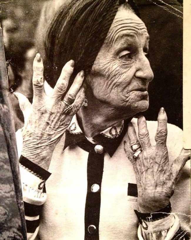 """ნინო სუხიშვილი: ,,ბებიამ მითხრა, ვერც წარმოიდგენ, რა ცოტაა 90 წელიო"""""""