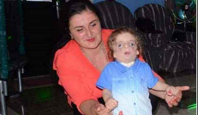 """მაია მაჩაიძე: """"არ ვიცოდი, როგორ შვილს ველოდებოდი"""" - განსხვავებულ ბიჭუნას საპნის ბუშტები უყვარს"""