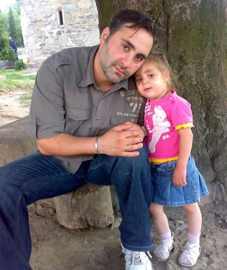 """ლევან კობიაშვილი: ,,ჩემი შვილი თირკმლის უკმარისობით გარდაიცვალა"""" - მასტერშეფის პირადი და საქმიანი ცხოვრების დეტალები"""