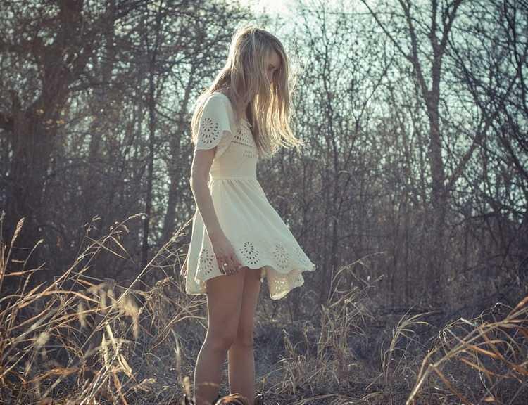 """,,პირველი ღამის შემდეგ აქ დამტოვა, მითხრა, დამელოდეო და... არ გამოჩენილა, მეშინოდა"""" - ნოველა"""