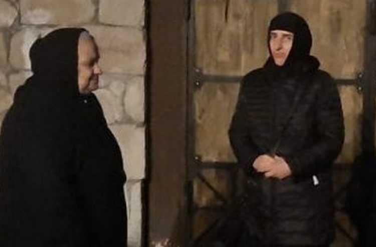 დედა სოსანას კომენდანტის საათის დროს კარი ჩაუკეტეს და მონასტერში არ უშვებენ