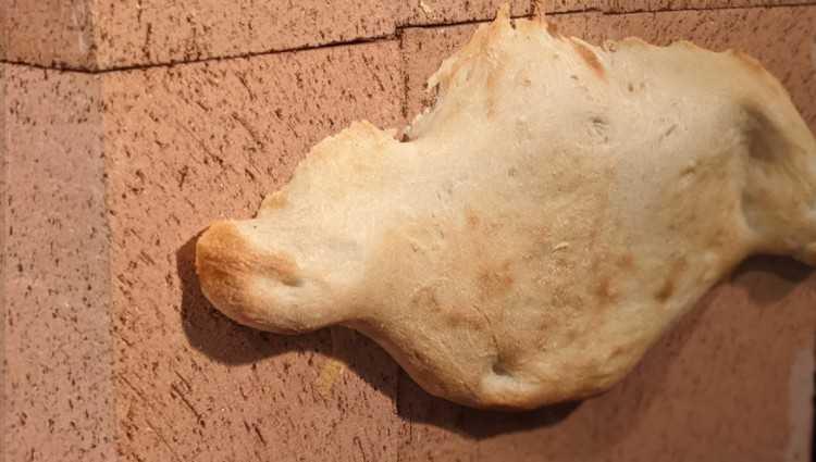 ამერიკელმა ჯეკ ფერმონმა კალიფორნიაში თონის პური გამოაცხო